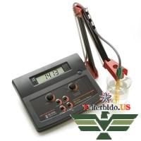 Máy đo độ dẫn để bàn Hanna HI 214